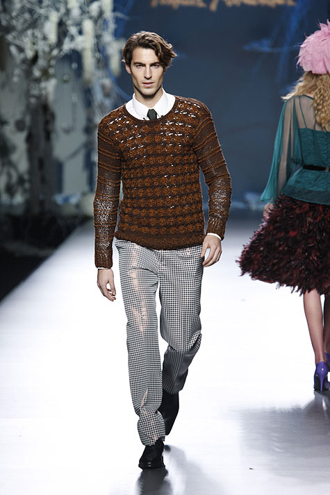Antonio Navas for Francis Montesinos