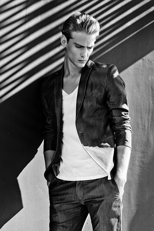 Jeremy Dufour for Antony Morato Mag_07