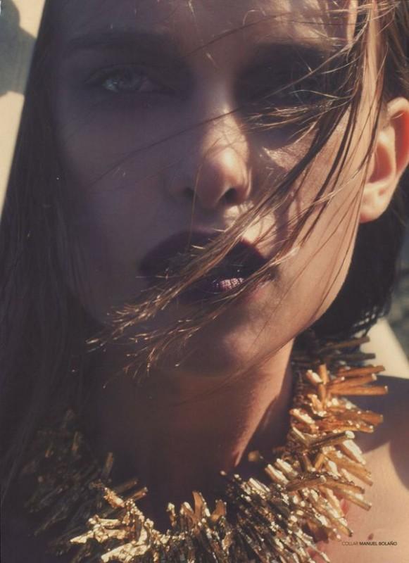 Masha Rudenko in Avenue Magazine_05