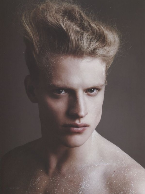 Ritchie Coterell in Fashionisto Nr 3_02