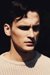 Alejandro Rodriguez for Fashionisto Exclusive_02