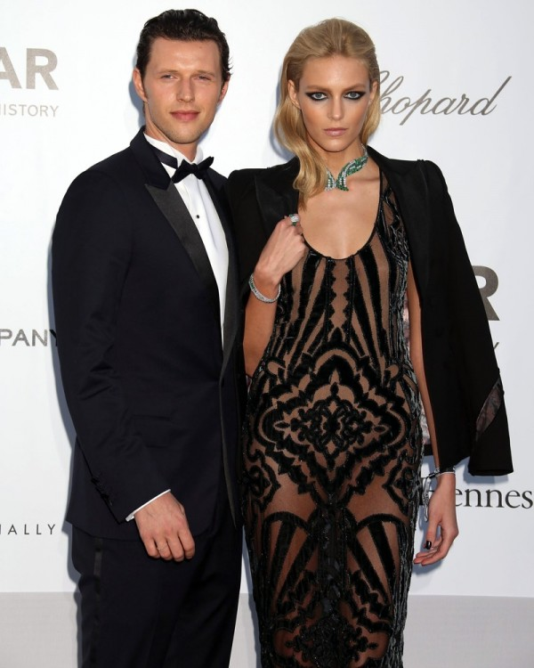 Sasha Knezevic and Anja Rubik_02