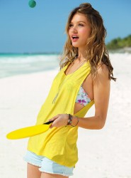 Caroline Corinth for VS Swim January 2013-004