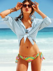 Caroline Corinth for VS Swim January 2013-007