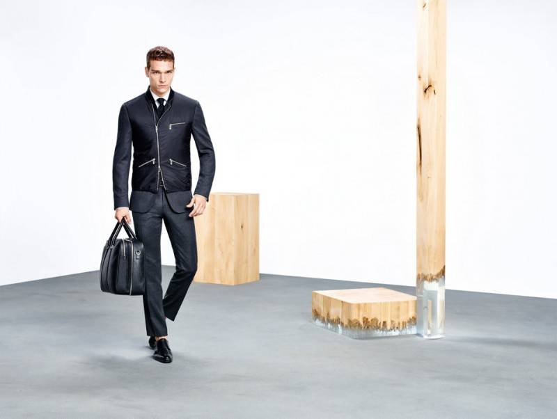 BOSS-Hugo-Boss-2016-Spring-Summer-Menswear-Look-Book-001-800x602