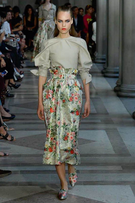 line_brems_carolina_herrera_new_york_ss17_01