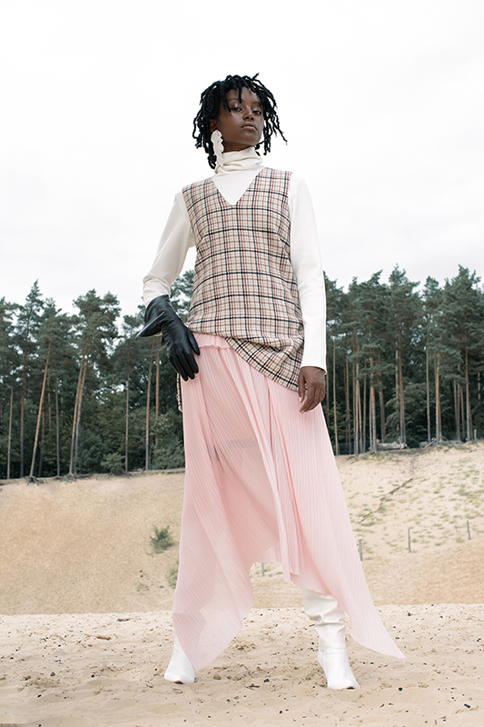 christelle_yambayisa_lofficiel_germany_07