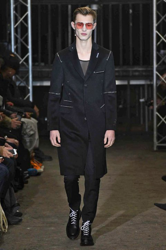kit_butler_icosae_fw1718_paris_01