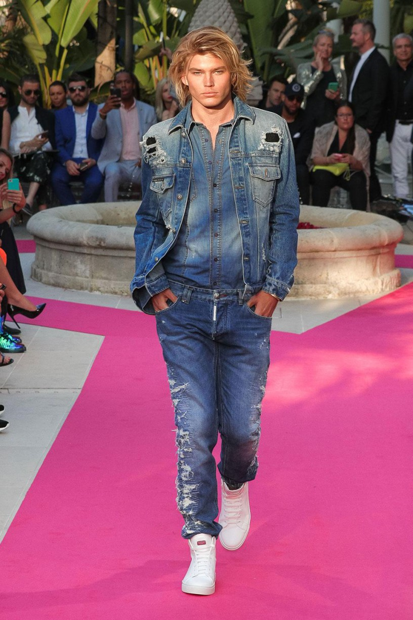 jordan-barrett_Philipp_Plein_Resort_2018_Cannes