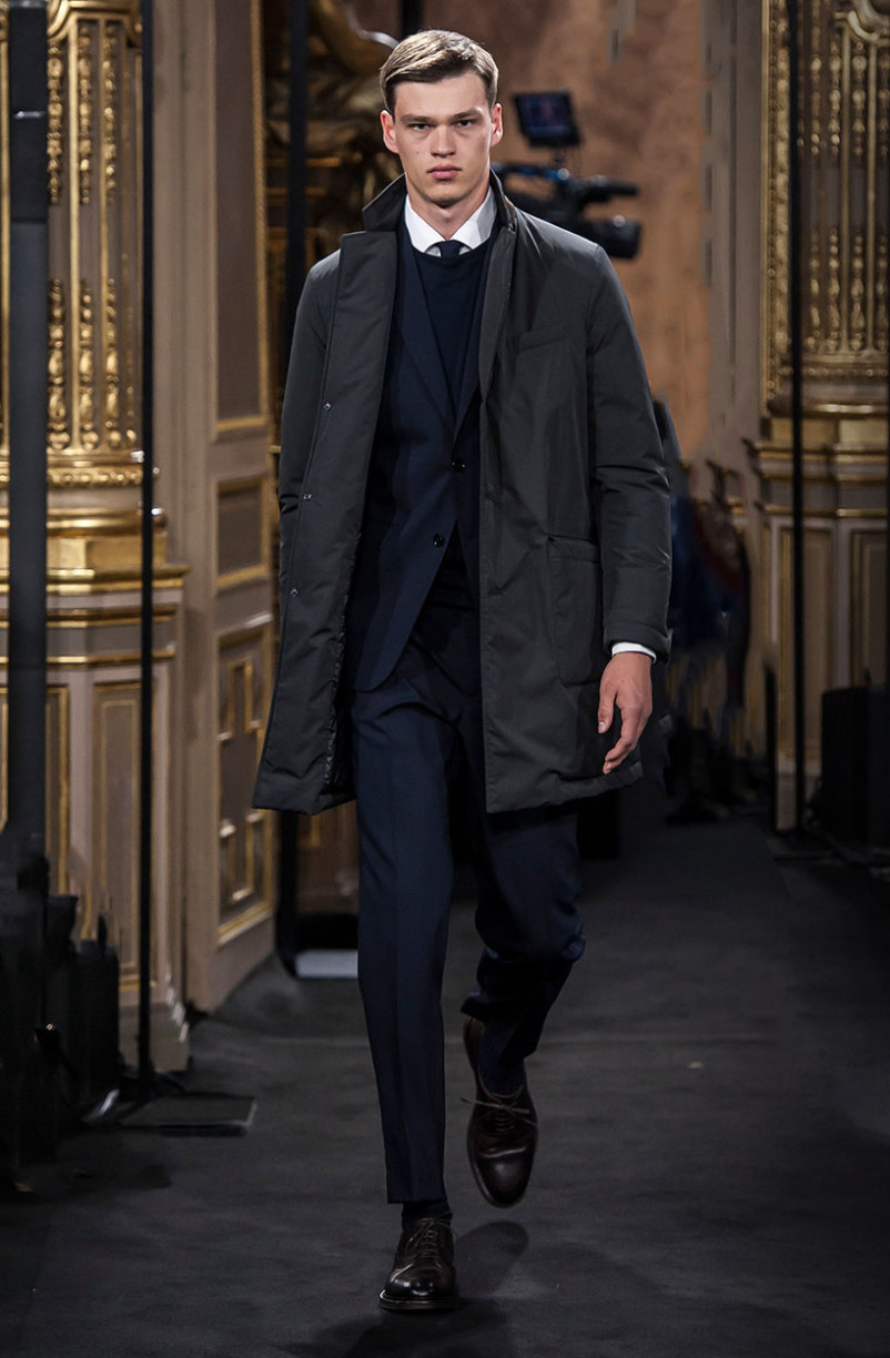 filip_hrivnak_massimo_dutti_the_call_madrid_01