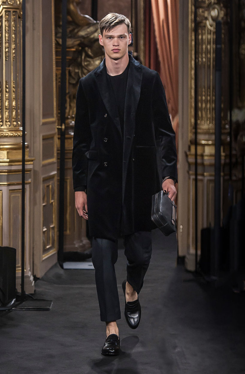 filip_hrivnak_massimo_dutti_the_call_madrid_02