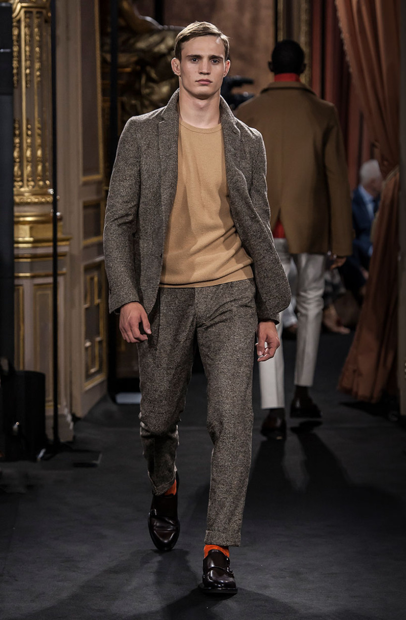 julian_schneyder_massimo_dutti_the_call_madrid_02