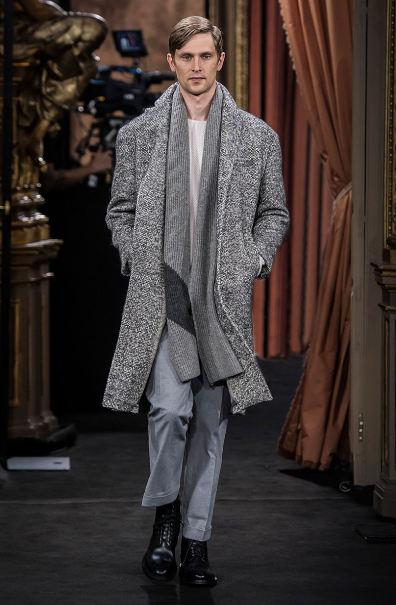 matthias_lauridsen_massimo_dutti_the_call_madrid_01