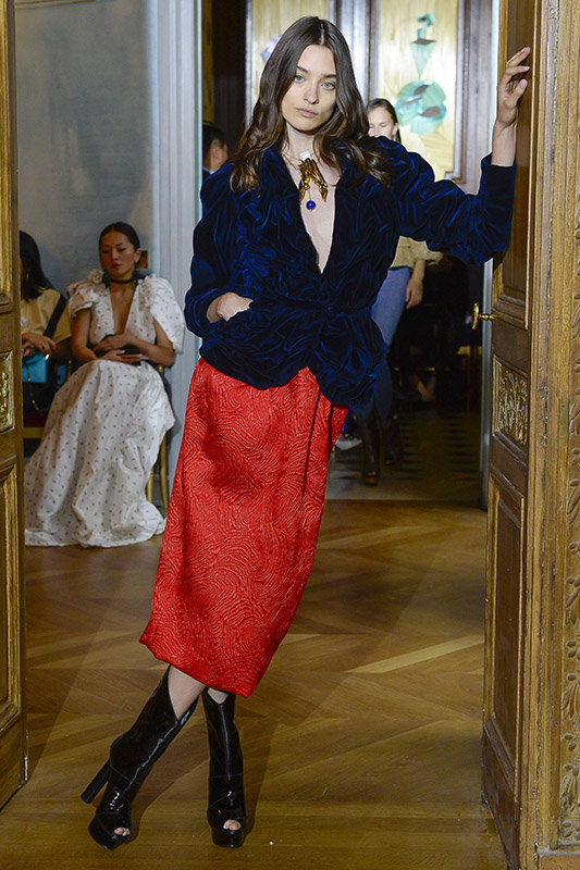 carolina_thaler_ronald_van_der_kemp_Couture_Paris_fall17_01