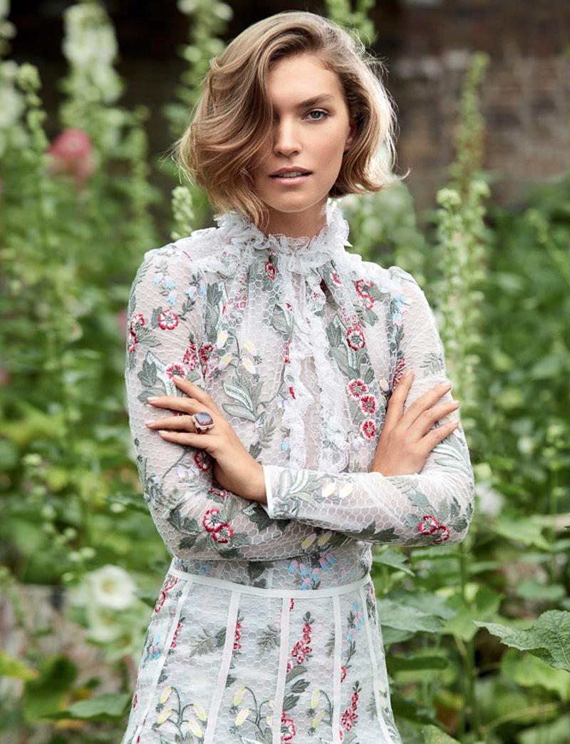 HELLO-Fashion-September-2017-Arizona-Muse-by-Kate-Davis-Macleod-5