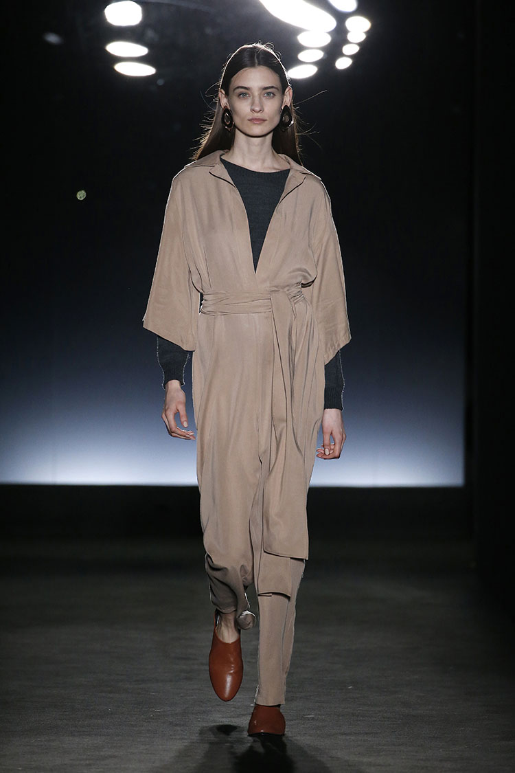 AMT 080 Barcelona Fashion Fall/Winter 2018-2019