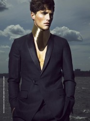 Ollie Edwards in DSection Magazine_03