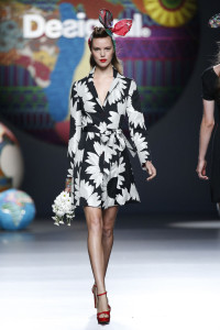 josefien_rodermans_desigual_madrid_ss15_01