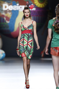 josefien_rodermans_desigual_madrid_ss15_02